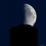 Ja kuu nousee - Kuva: Timo Leppäharju