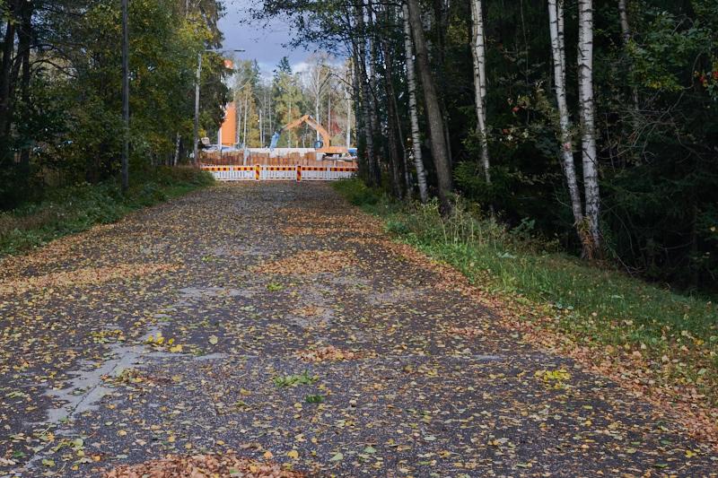 Hyljeluodontien suljettu osa puhdistamon portilta nähtynä - Kuva: Jukka Ranta