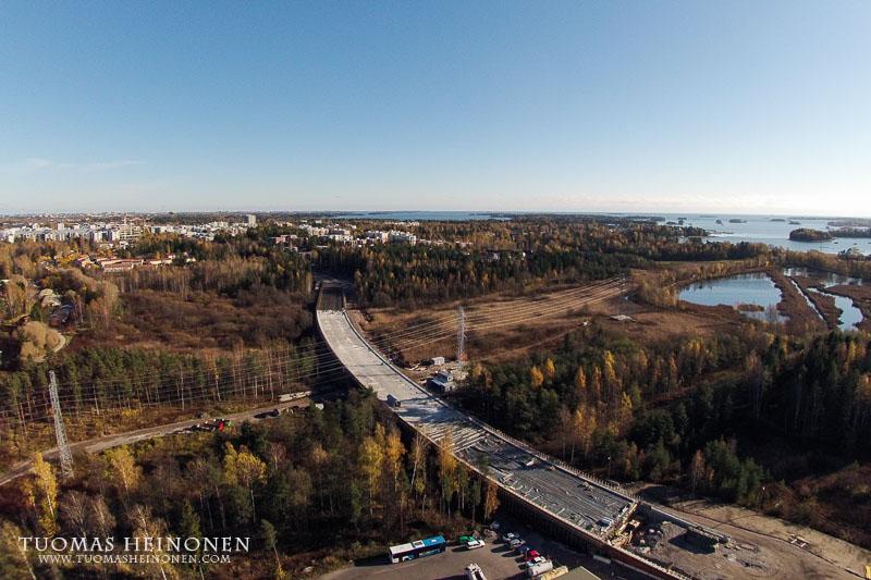 Finnevikinsilta lokakuun puolessa välissä - Kuva: Tuomas Heinonen