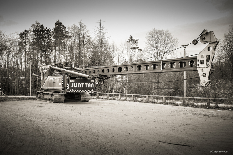 Parkkipaikka on vallattu - Kuva: Timo Leppäharju