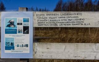 Kannanotto taulutelineessä - Kuva Jukka Ranta