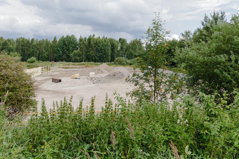 Hissikuilun rakennuspaikka täyttömäeltä nähtynä - Kuva: Jukka Ranta