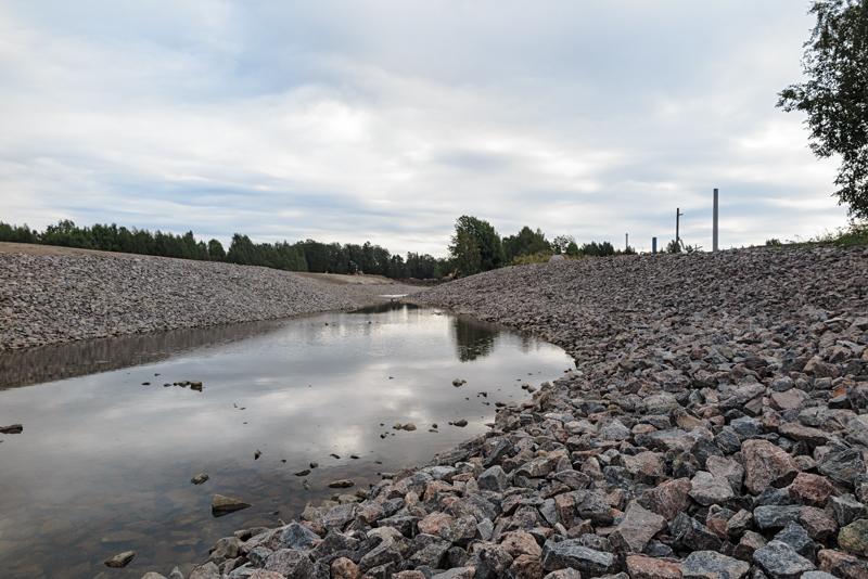 Kunnostettu Djupsundsbäcken syyskuussa 2014 - Kuva: Jukka Ranta