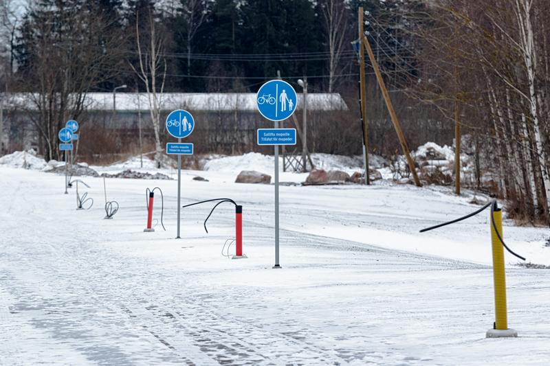 Hannusbaana eli uusi Kaitaantie näyttää jo melko valmiilta - Kuav: Jukka Ranta