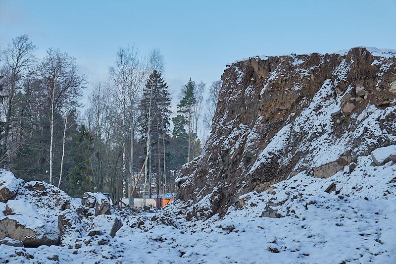 Täyttömäen uusi jyrkänne - Kuva: Jukka Ranta